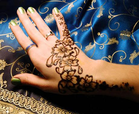 Hazte tus propios tatuajes de Henna 3