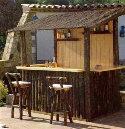 Con una barra en casa nunca faltar n las visitas mujeres for Barras para bares rusticos