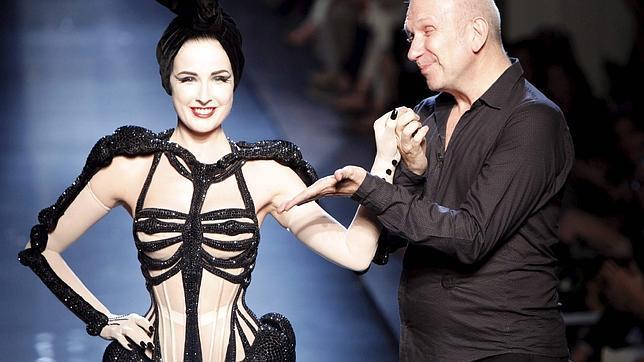 Dita Von Teese, musa de Gaultier en la semana de la moda de París 4