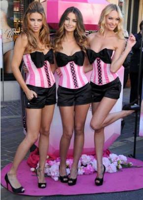 """Los Angeles de Victoria Secret presentan el nuevo perfume """"Bombshell"""" 1"""