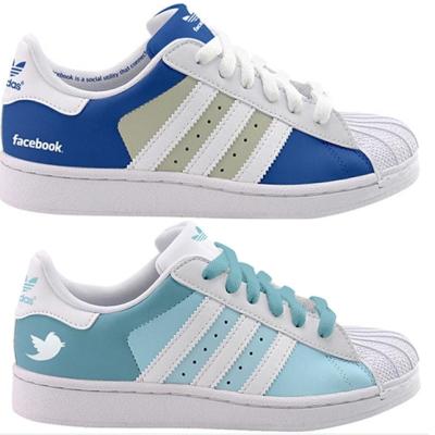 Redes sociales hasta en las zapatillas 3