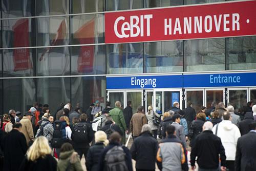Inauguran la Feria Cebit, de Hannover 1