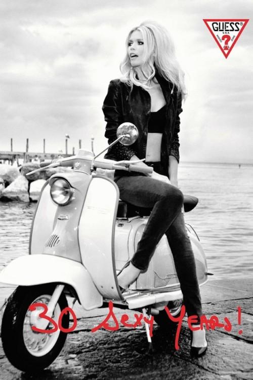 Claudia Schiffer- Guess