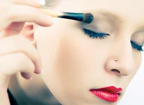 Problemas con el maquillaje de ojos