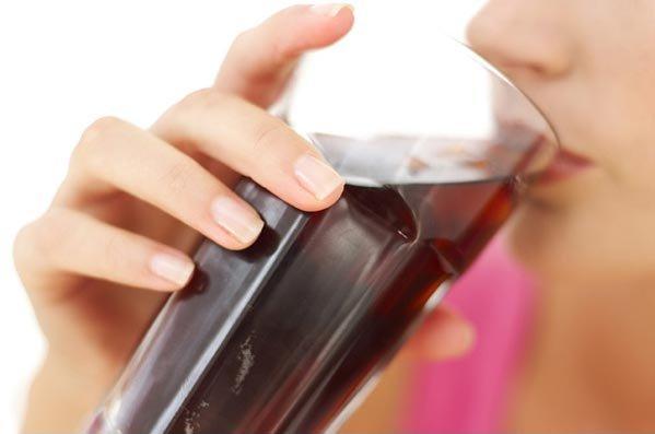 beber bebidas con azucar no causa obesidad en la poblacion