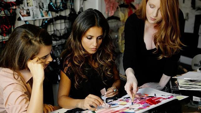 Penélope y Mónica Cruz, hermanas y diseñadoras de lencería 3