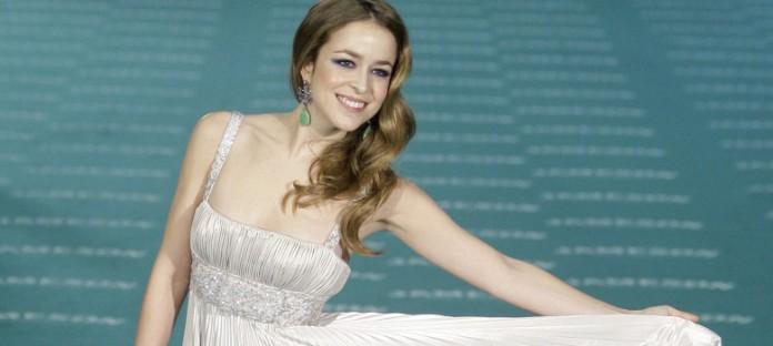 Rochas ficha a Silvia Abascal como imagen de marca 2