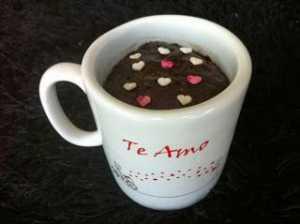 Cómo hacer un brownie en el microondas