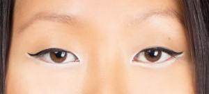 Eyeliner black & white 2