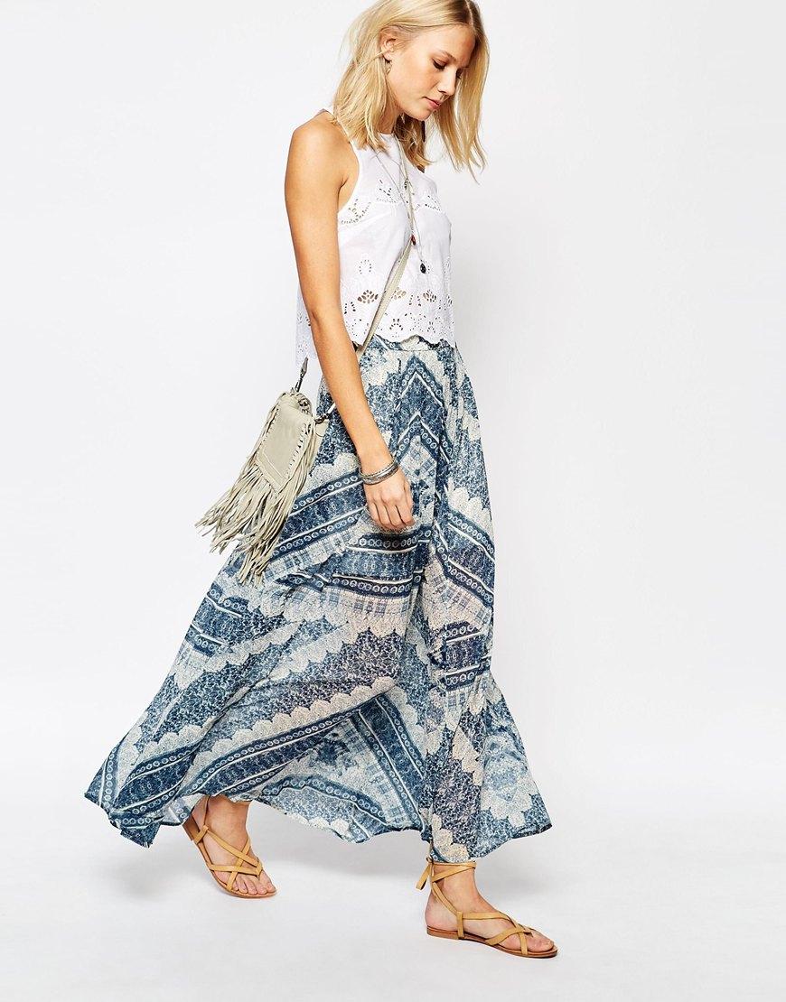 falda estampada look