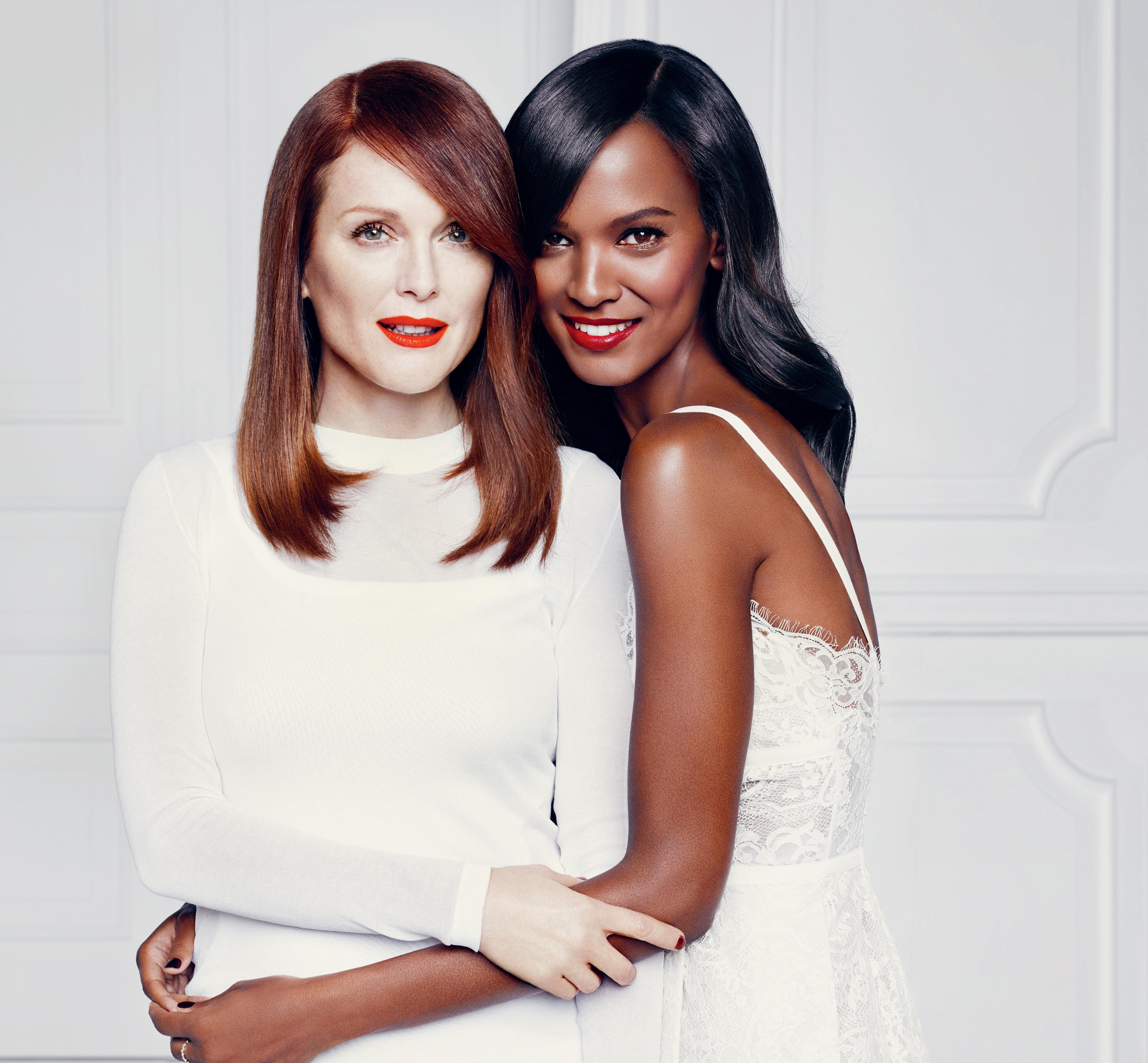 Julianne Moore y Liya Kebede L'Oréal Paris Colección rojos mate