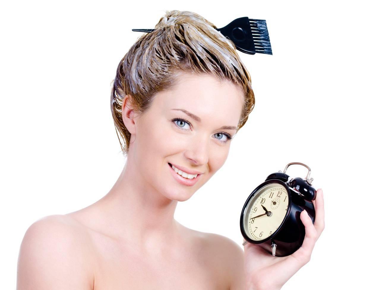 cortarte el pelo en casa - hacerse el tinte