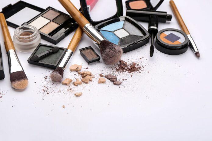 ¿Cuál es la mejor escuela de maquillaje en Madrid? 2